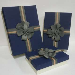 Gift Box, with Gross Grains Ribbon detail ↪ Rectangle 🎁🎁  💱 (S) $8.90 to (L) $15.90 Each Piece