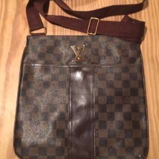 Used Louis Vuitton Bag For Sale!