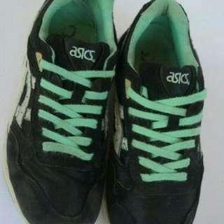 Sepatu Sneakers Asics Original