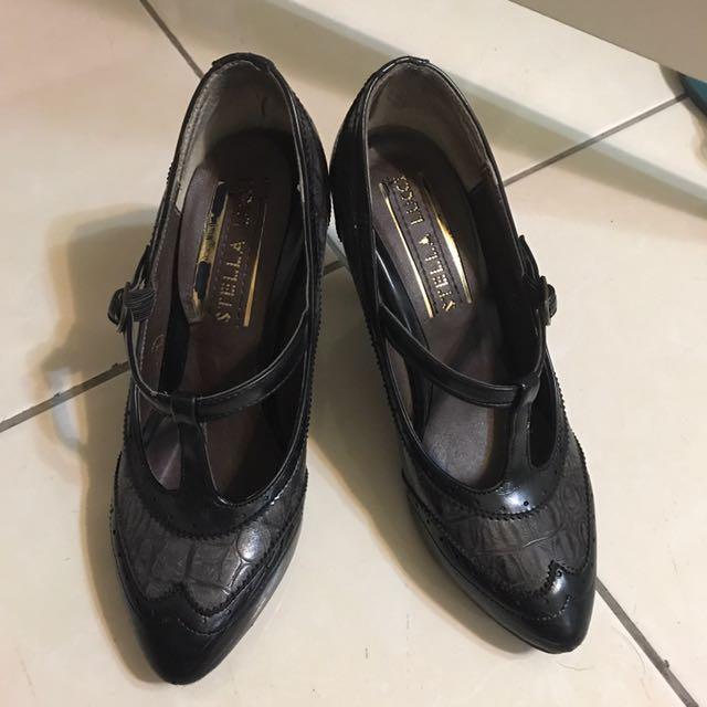 黑色高跟鞋(免運)