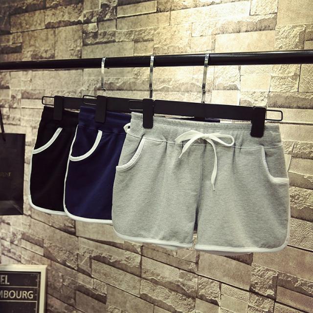 灰色短褲 雙邊款
