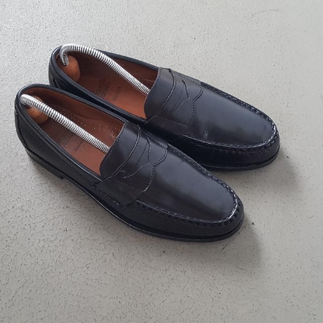 c73253359fd Allen Edmonds Walden Penny Loafer Size 9B