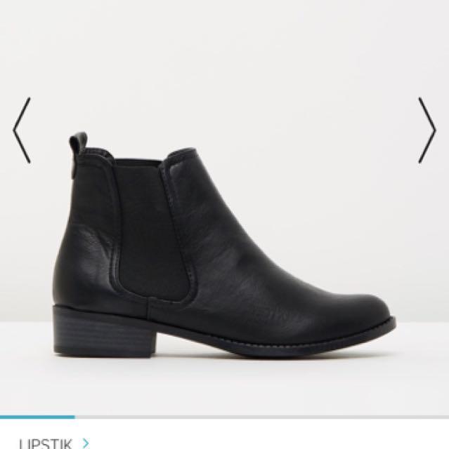 Ashlee Winsdor Boots
