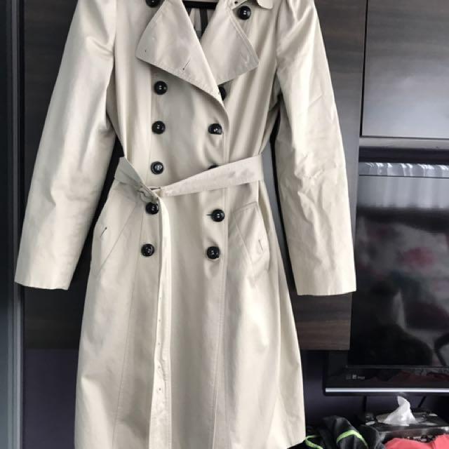 Authentic Burberry Slim trench coat - size 10