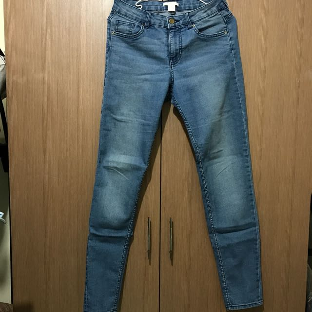 Authwntic H&M Skinny Blue Jeans