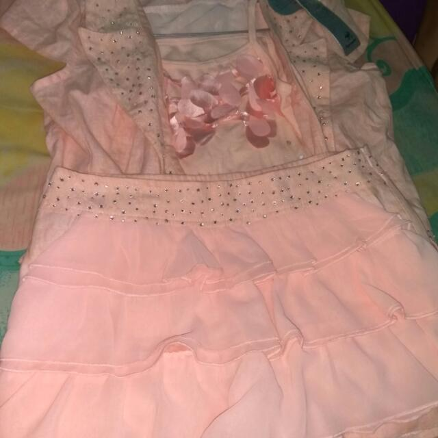 Baju Setelan Dapat Baju Dalam, Cardi, Rok Dlmny Bentuk Celana