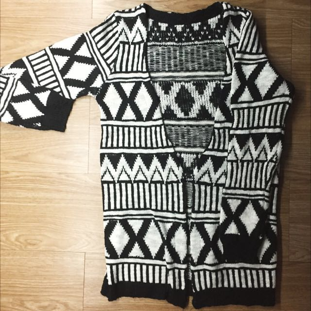 Black and White Printed Knit Sweater