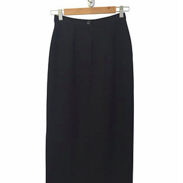 Black Maxi With Front Split (8)