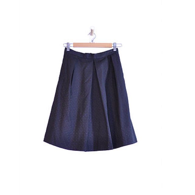 Black Pleated Midi Skirt (6)