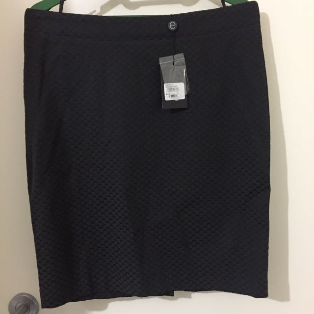 BNWT Events Skirt