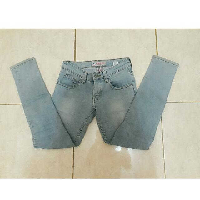 """""""SALE"""" Jeans CARDINAL"""
