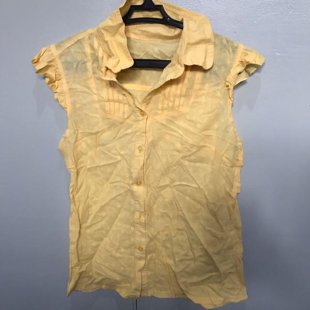 Cute Yellow Sleeveless top (S)