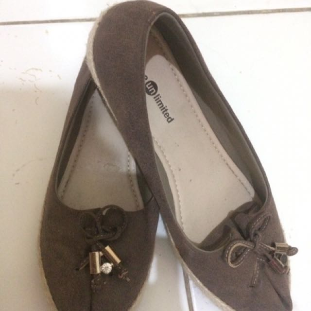 Flat Shoes Unlimited
