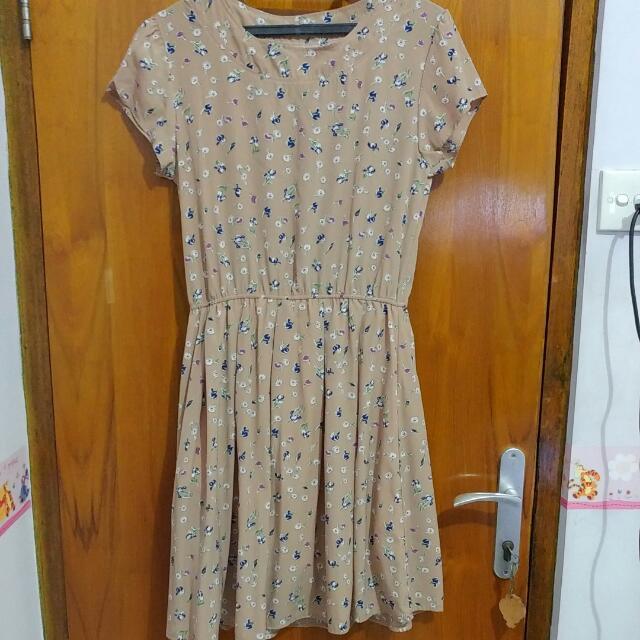 FREE Shipping Vintage Flower Dress