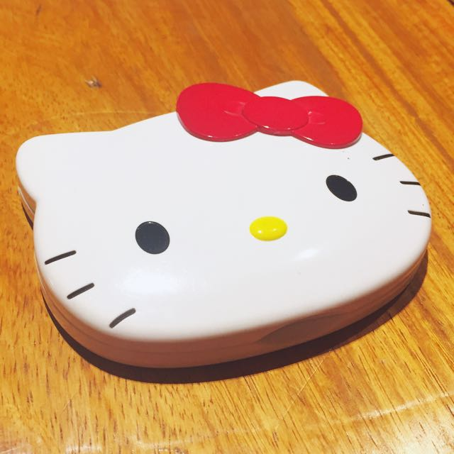 Hello Kitty Die-cut Mirror & Comb in Case