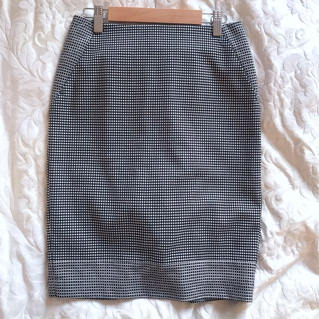 🆕Jigsaw Skirt Size 6
