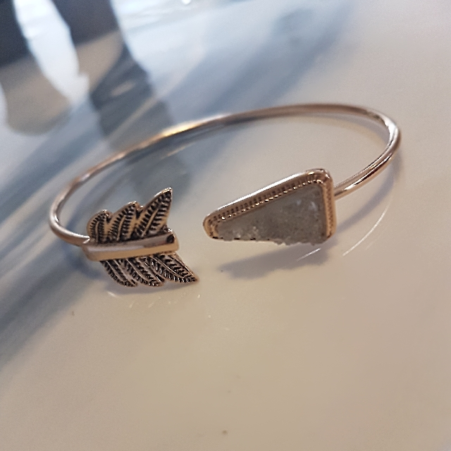 Ladies Gold And Clear Druzy Adjustable Bangle