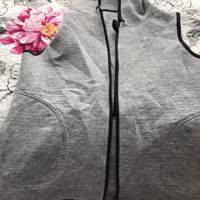 Lululemon reversible vest. Size 10.