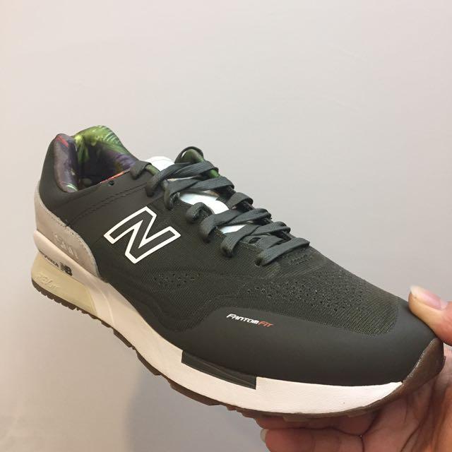 New Balance MD1500