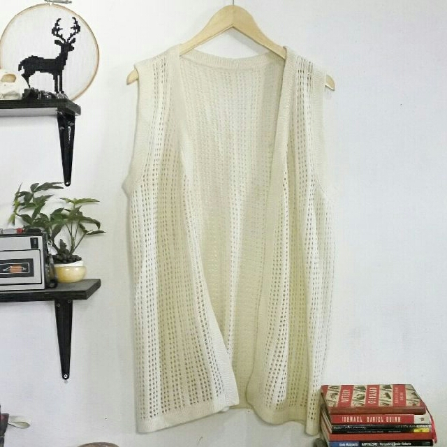 Outer Long White