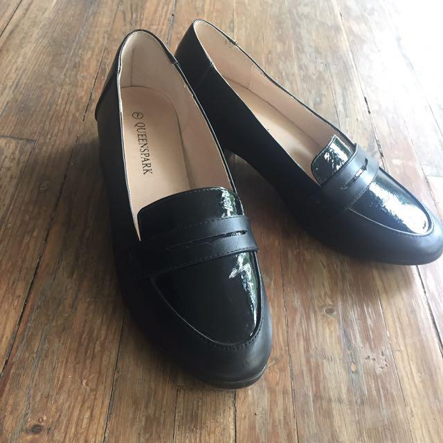 Queenspark Black Heels