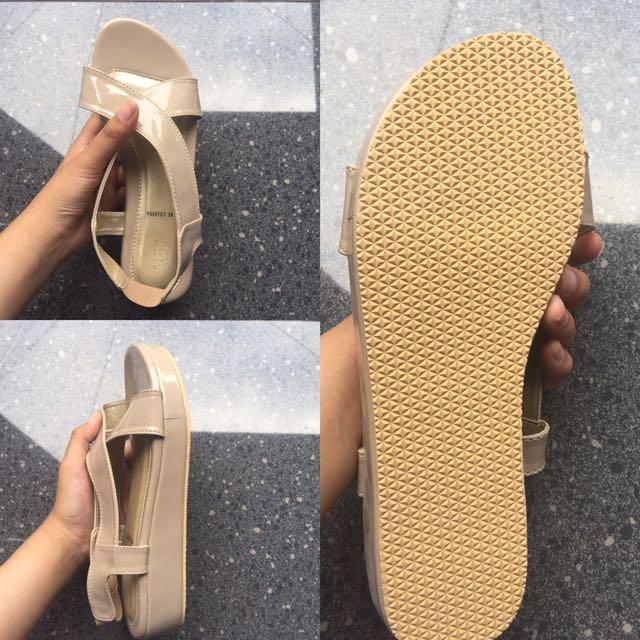 Sepatu Sandal Kalista