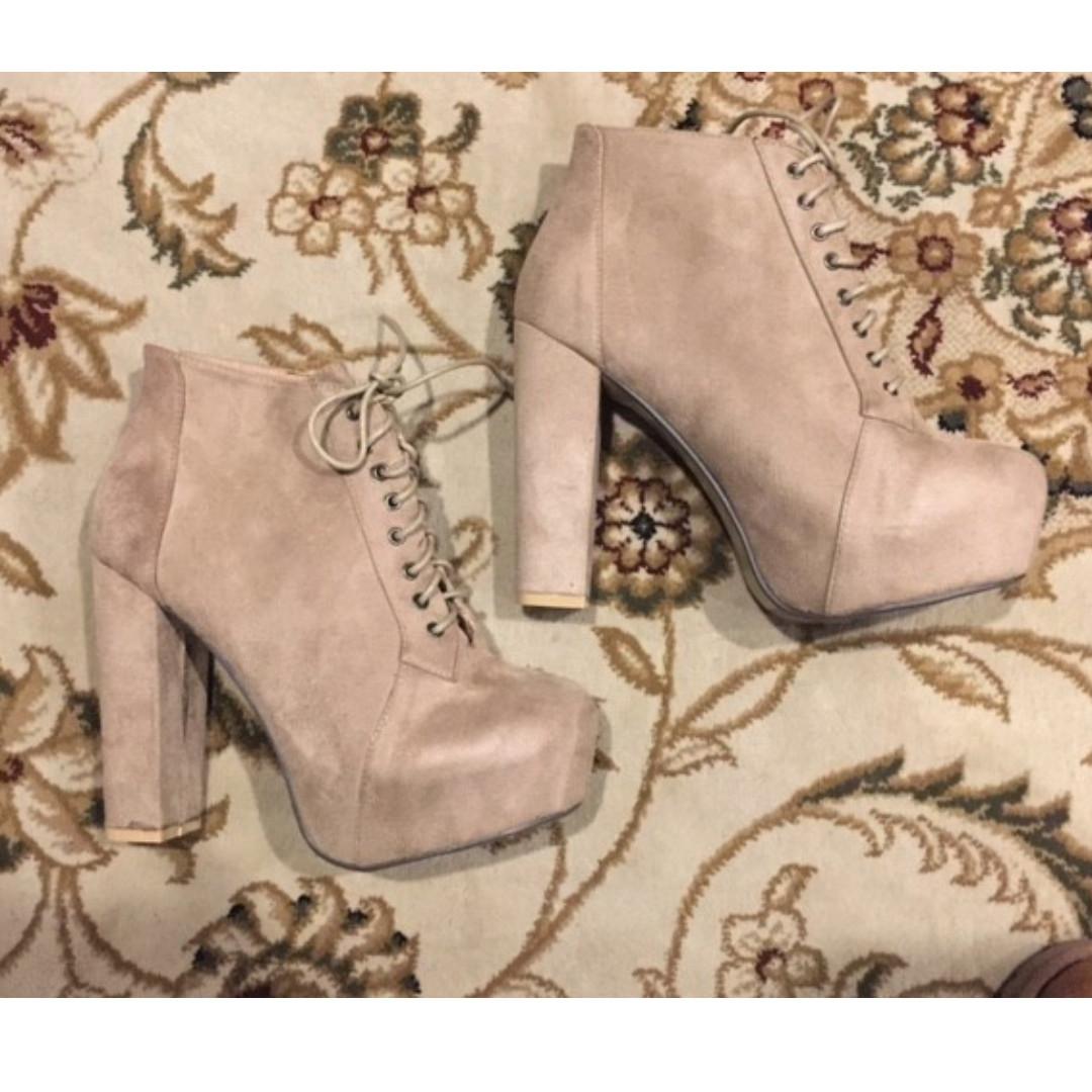 Theodore Stone Tan Boots - f/s