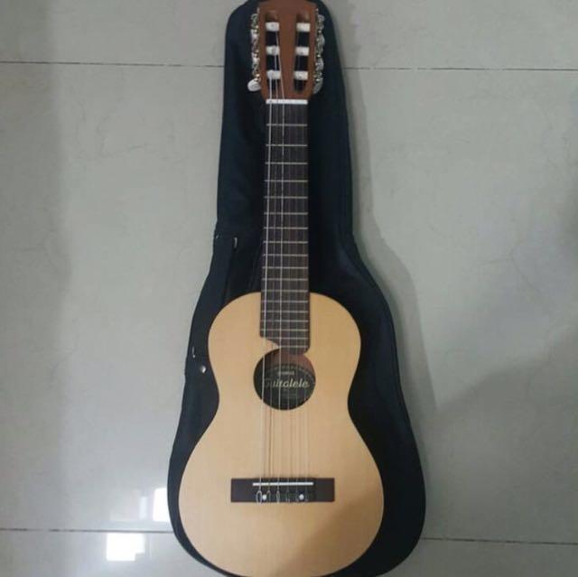 Yamaha guitarlele (GL1)