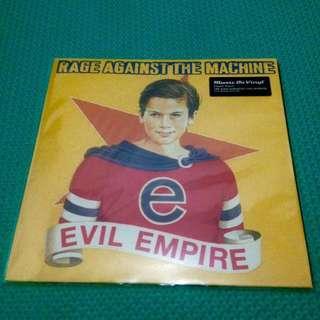 Vinyl / Piringan Hitam