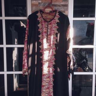 Dress / Jubah