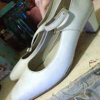 white Office Shoes