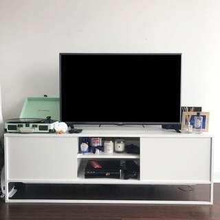 IKEA TV Bench 🌿