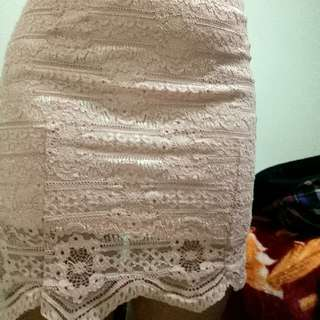 Size 8 Pale Pink Lace Skirt