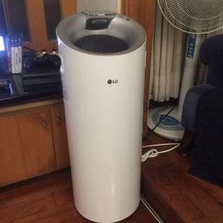 LG 空氣清淨機 大白(2017年2月製造)