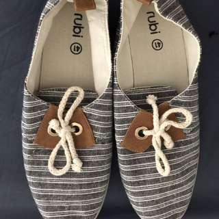 Sepatu Cewe Rubi