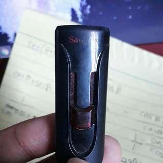 USB Flash Drive 32 GB SANDISK
