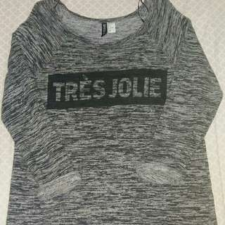 HM DIVIDED Tres Jolie top