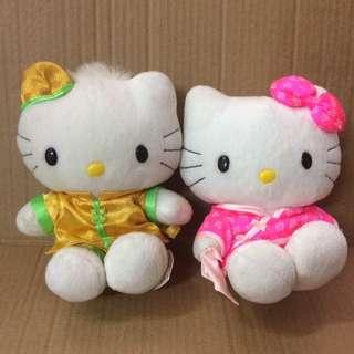出售Hello Kitty(中式)新婚公仔一對