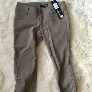 Brand New With Tags Women's Pants 3/4
