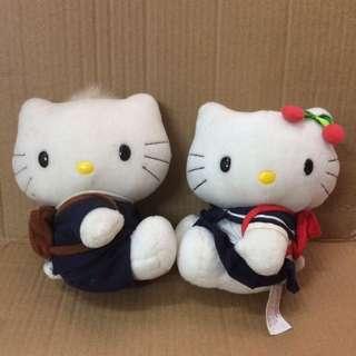 出售Hello Kitty校服公仔一對