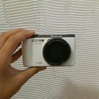 ZR-1200相機 可議價 會附充電電池充電線