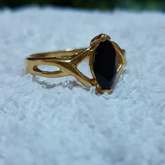Best 14K HGE Lind Ring, Preloved Women's Fashion, Jewelry on Carousell IN45