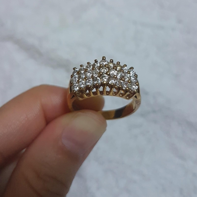 Unique 14K HGE Lind Ring, Preloved Women's Fashion, Jewelry on Carousell IZ01