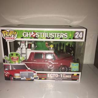 Pop Vinyl - Ghostbusters (24) - Ecto-1 With Slimer- 2016 Summer Convention Exclusive