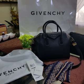 Pre-loved Givenchy (Authentic) Antigona