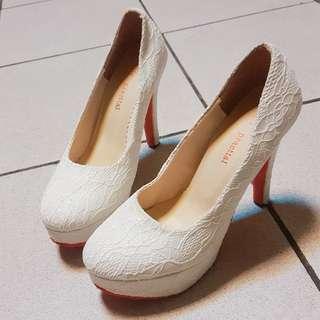 2手✌氣質高跟白鞋