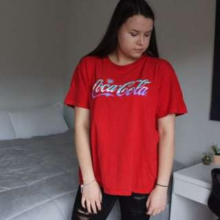 Red Coca Cola Shirt 💯