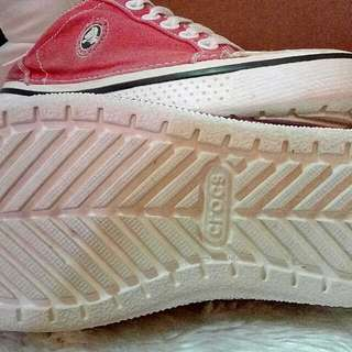 🆓 shipping Auth. Crocs Red Shoes