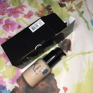 Make Over Foundation Ultra Cover Liquid Matte Foundation