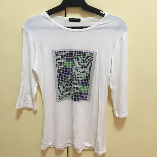 3/4's White Graphic Print Tee